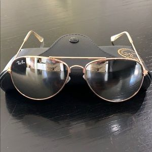 RAY BAN gold mirrored silver aviators